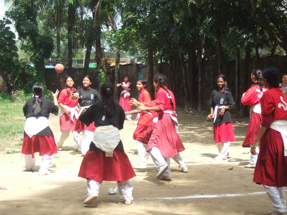 GIrls playing handball in Bangladesh